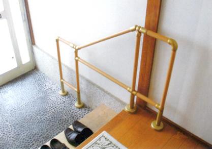 屋内手すり(玄関)設置例