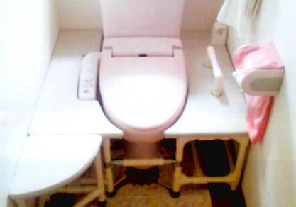 トイレ移乗台設置例